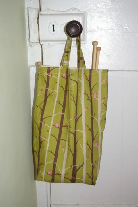 Lined cotton knitting bag - birds in trees print